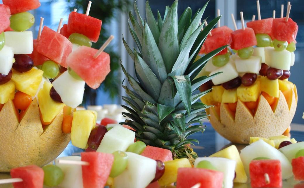 Fruit salad arrangement from the BlueCafe Bar BCB